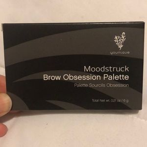 Younique Moodstruck Brow Obsession Palette